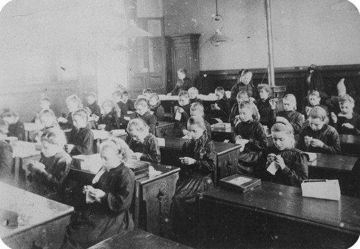 L'échec de la scolarité sans consentement de l'enfant – lumière sur notre profonde ignorance